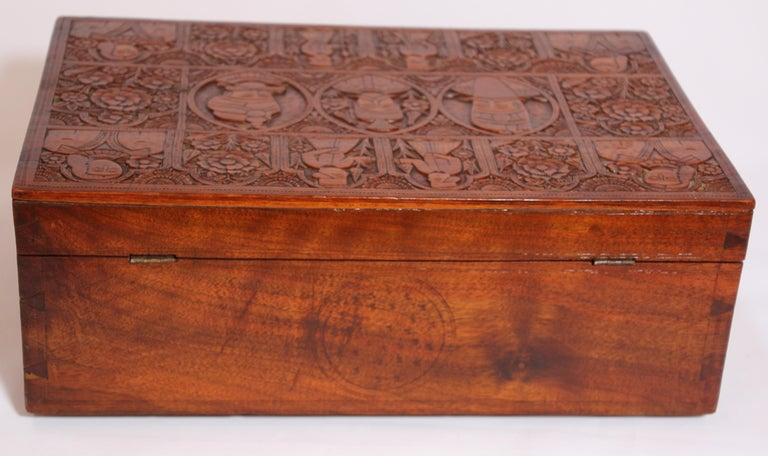 Large Early 19th Century Antique Hand Carved Wooden Mughal Decorative Box For Sale 12