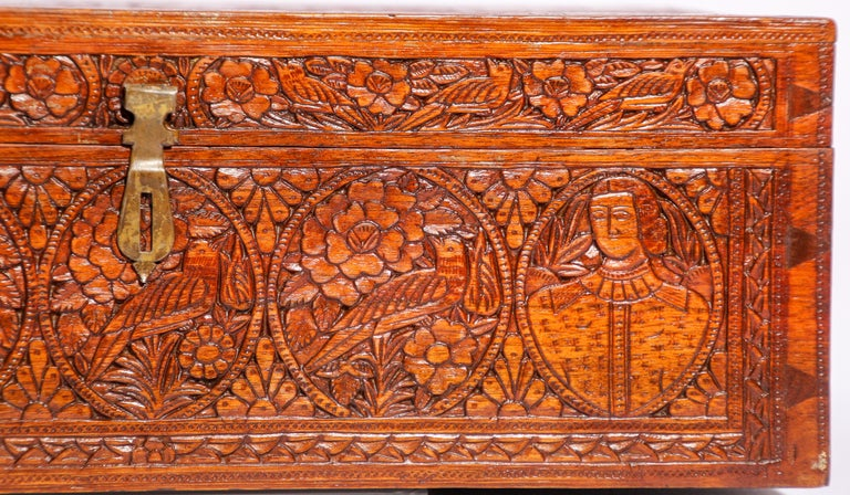 Hand-Crafted Large Early 19th Century Antique Hand Carved Wooden Mughal Decorative Box For Sale