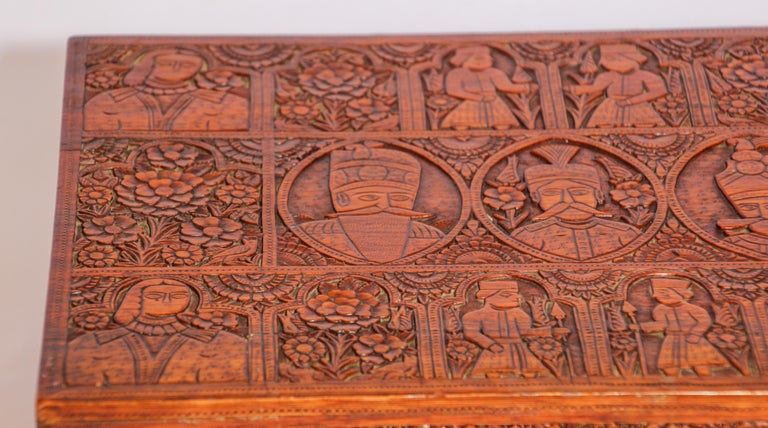 Large Early 19th Century Antique Hand Carved Wooden Mughal Decorative Box For Sale 1