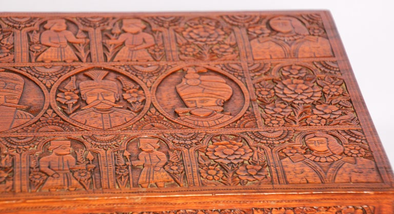 Large Early 19th Century Antique Hand Carved Wooden Mughal Decorative Box For Sale 2
