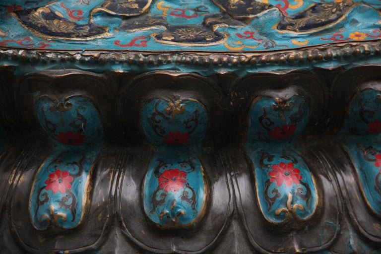 Large Early 19th Century Bronze and Cloisonne Buddha For Sale 11
