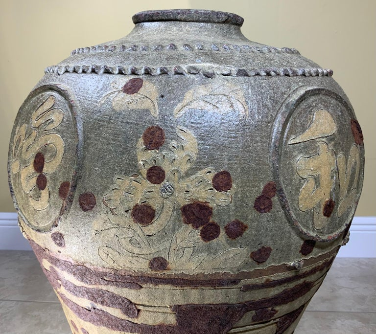 Large Early 20th Century Chinese Terracotta Jar For Sale 10
