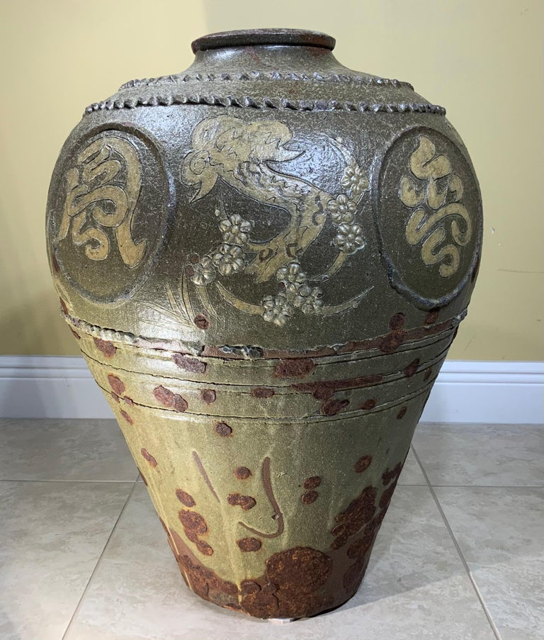 Large Early 20th Century Chinese Terracotta Jar For Sale 1