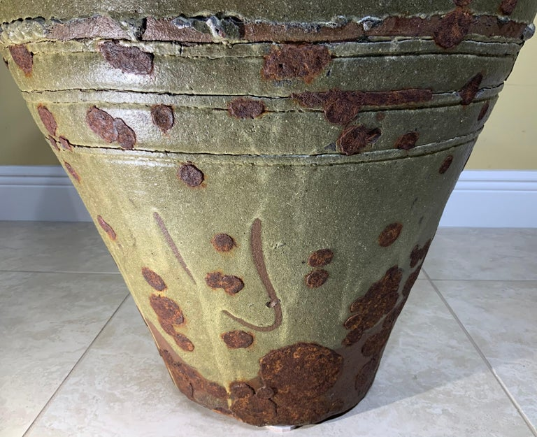 Large Early 20th Century Chinese Terracotta Jar For Sale 4
