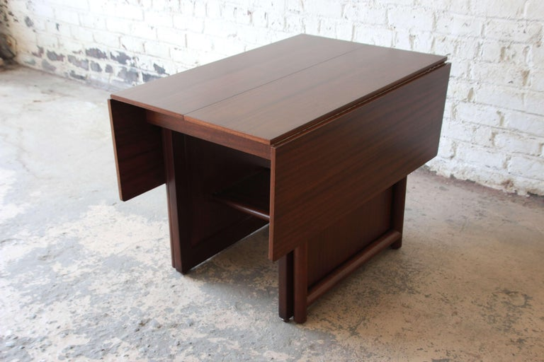 Large Edward Wormley for Dunbar Mahogany Extension Dining Table For Sale 5
