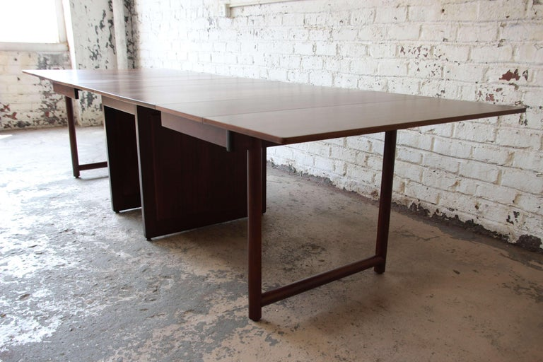 Mid-20th Century Large Edward Wormley for Dunbar Mahogany Extension Dining Table For Sale