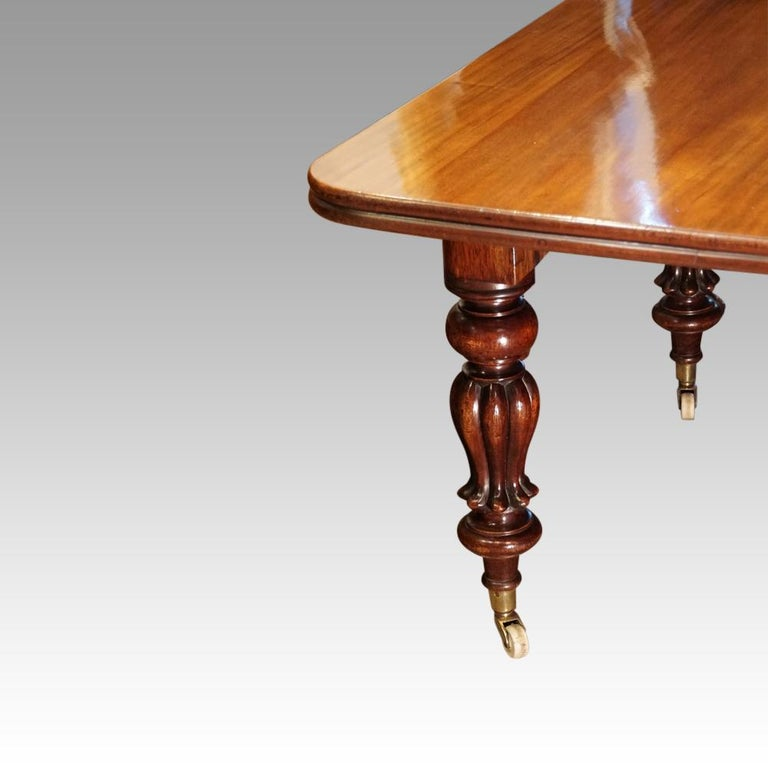 Mid-19th Century Large English Country Mansion Victorian 12+Seat Mahogany Dining Table circa 1860 For Sale
