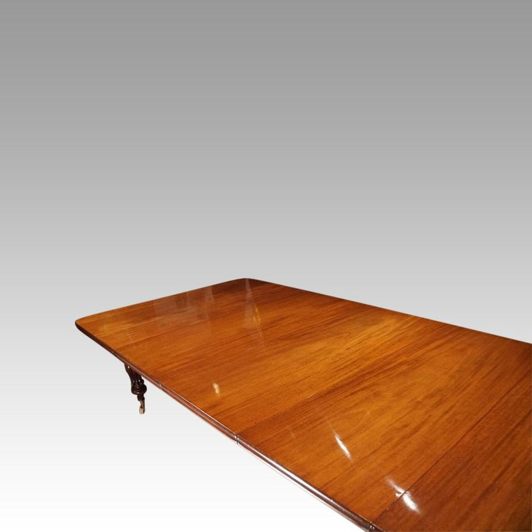 Large English Country Mansion Victorian 12+Seat Mahogany Dining Table circa 1860 For Sale 4
