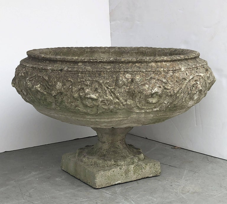 Large English Garden Stone Urn or Planter In Good Condition For Sale In Austin, TX
