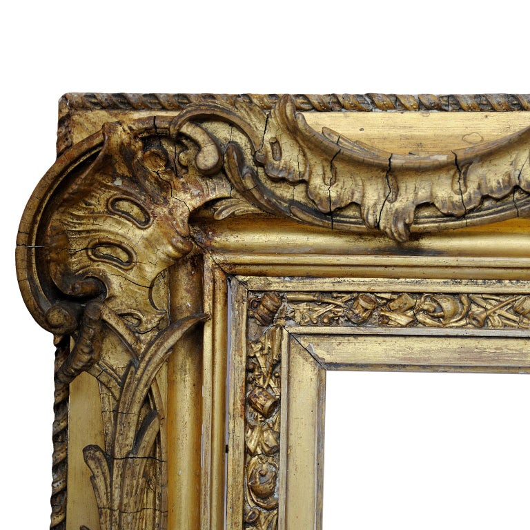 Early 19th Century Large English George IV Carved Wood and Gilded Waterloo Frame, circa 1825 For Sale