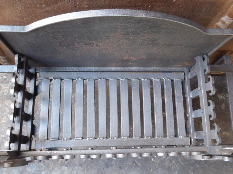 Large English Neo Gothic Fireplace Grate, Fire Grate For Sale 5