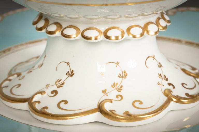 Large English Porcelain Dinner Service, Minton, circa 1845 For Sale 14