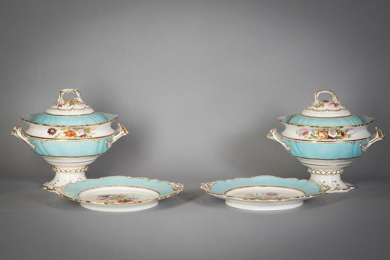 Large English Porcelain Dinner Service, Minton, circa 1845 For Sale 15
