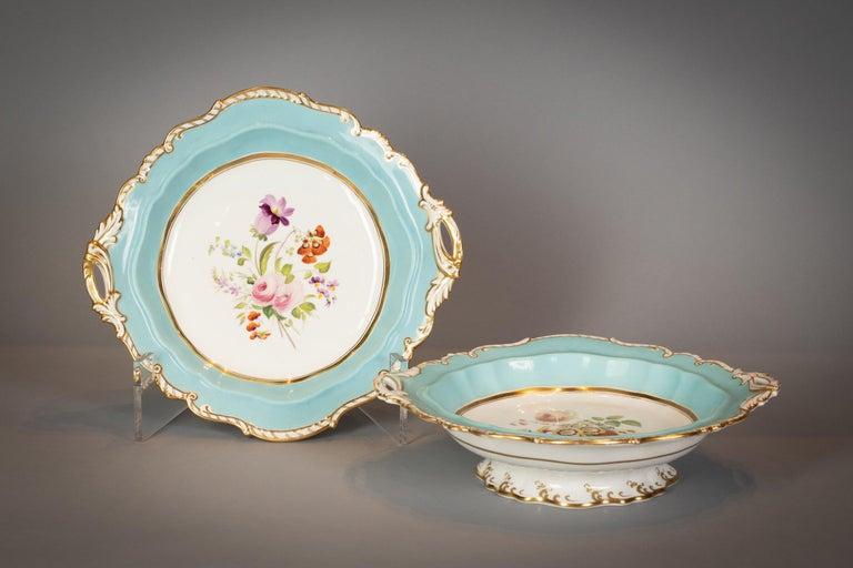 Large English Porcelain Dinner Service, Minton, circa 1845 For Sale 16