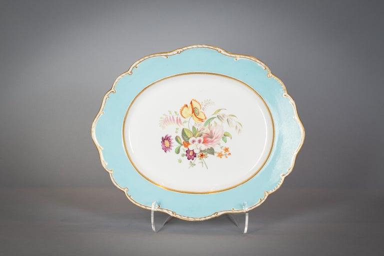 Large English Porcelain Dinner Service, Minton, circa 1845 For Sale 4