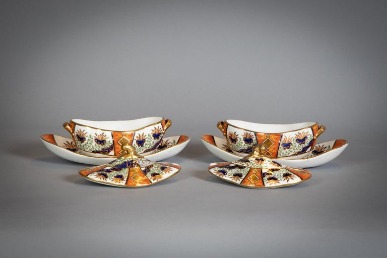 Large English Porcelain Imari Pattern Dessert and Tea Service, Spode, circa 1815 In Good Condition For Sale In New York, NY