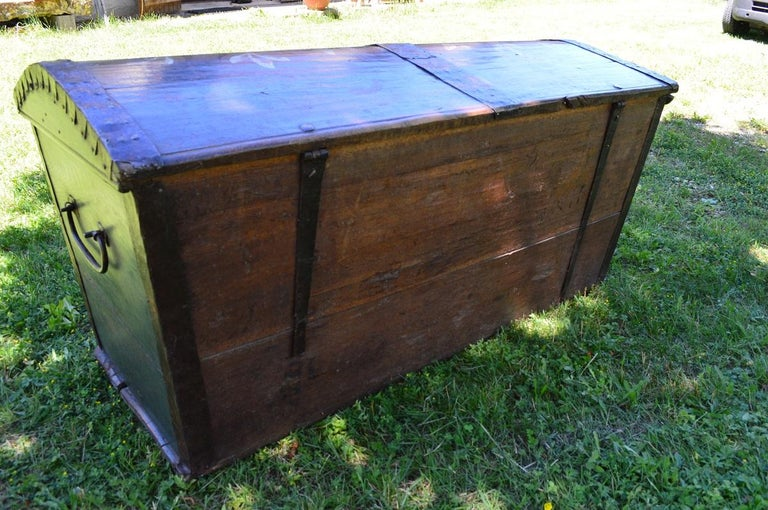 Large European Antique Polychrome Painted Wedding Chest, circa 1815 For Sale 7