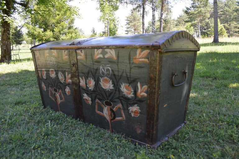 Wrought Iron Large European Antique Polychrome Painted Wedding Chest, circa 1815 For Sale
