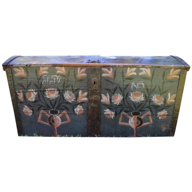 Large European Antique Polychrome Painted Wedding Chest, circa 1815 For Sale