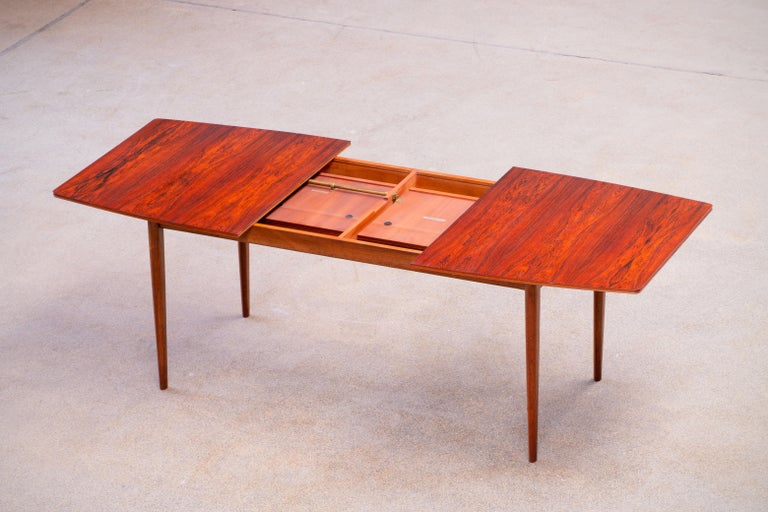 20th Century Large Expendable Rosewood Dining Table by Tom Robertson for McIntosh, 1960s For Sale