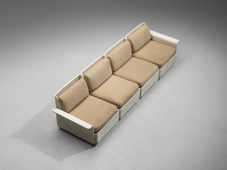 Large Extendable Modular Sofa on Wheels In Good Condition For Sale In Waalwijk, NL