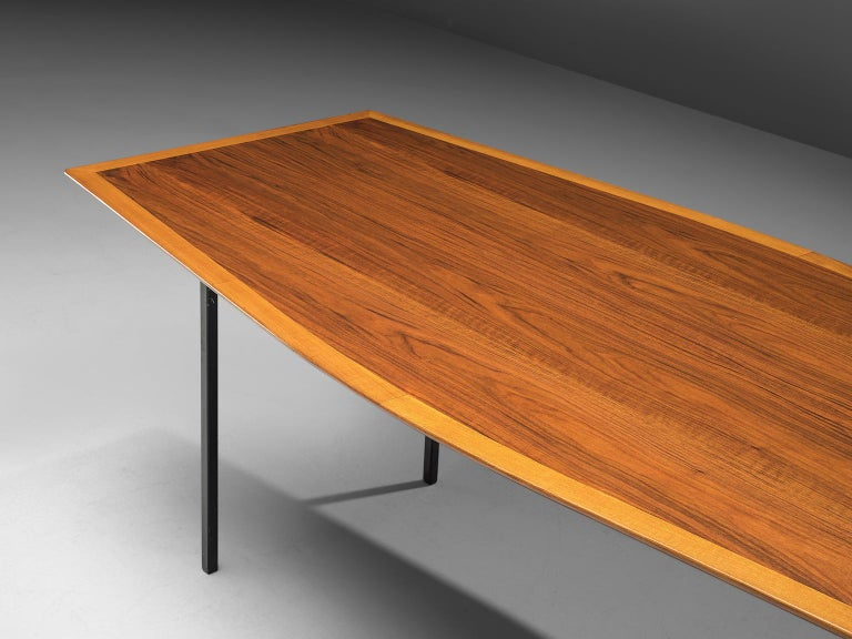 Large Florence Knoll Boat Shaped Table In Good Condition For Sale In Waalwijk, NL