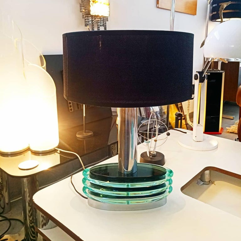 Beautiful and rare large modulable fontana arte table lamp, manufactured in Italy in 1970s. Perfect vintage condition.