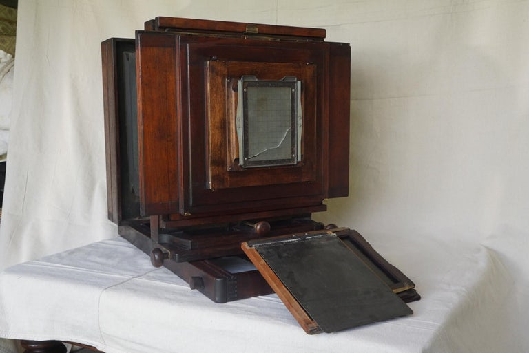 American Large Format Box Camera, circa 1915 For Sale