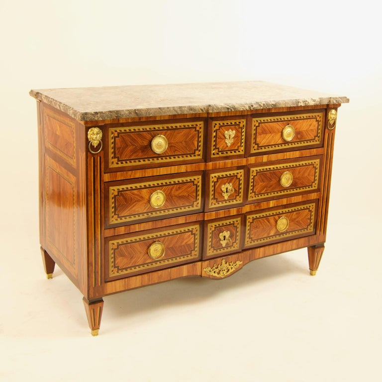 Large French 18th Century Louis XVI Marquetry Commode or Chest of Drawers In Good Condition For Sale In Berlin, DE