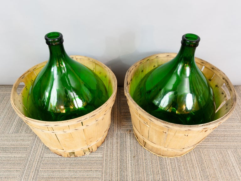 Large French Antique Emerald Green Demi-John in a Wooden Basket For Sale 4