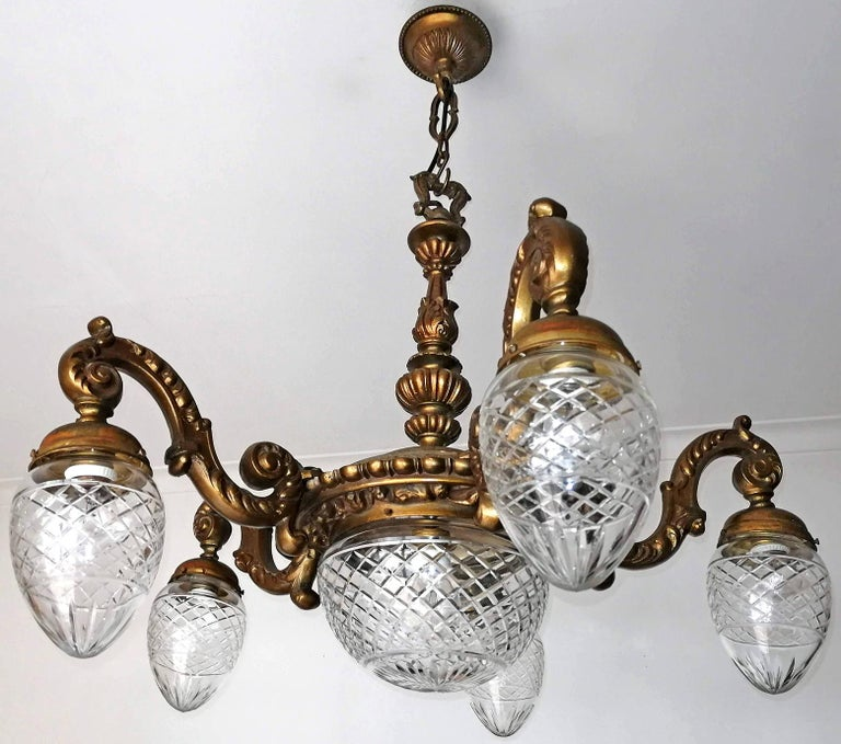 Gorgeous, heavy antique gilt bronze French Art Deco cut crystal glass globes 6-light chandelier, early 20th century.
