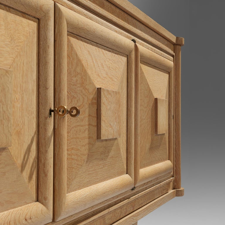 Large French Art Deco Sideboard in Oak For Sale 2