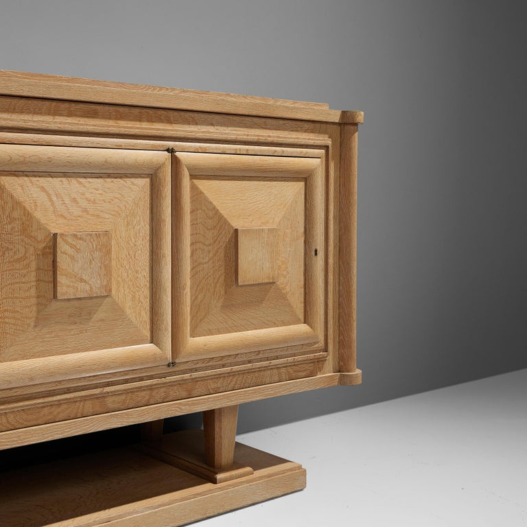 Large French Art Deco Sideboard in Oak For Sale 3
