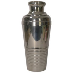 Large French Art Deco Silver Plated Cocktail Shaker, circa 1930