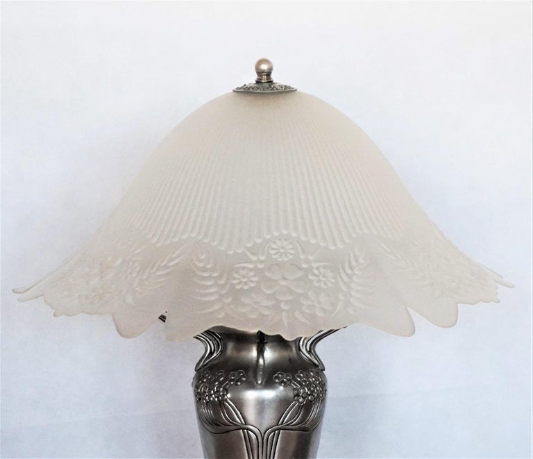 20th Century French Art Deco Vase Table Lamp, 1930s For Sale