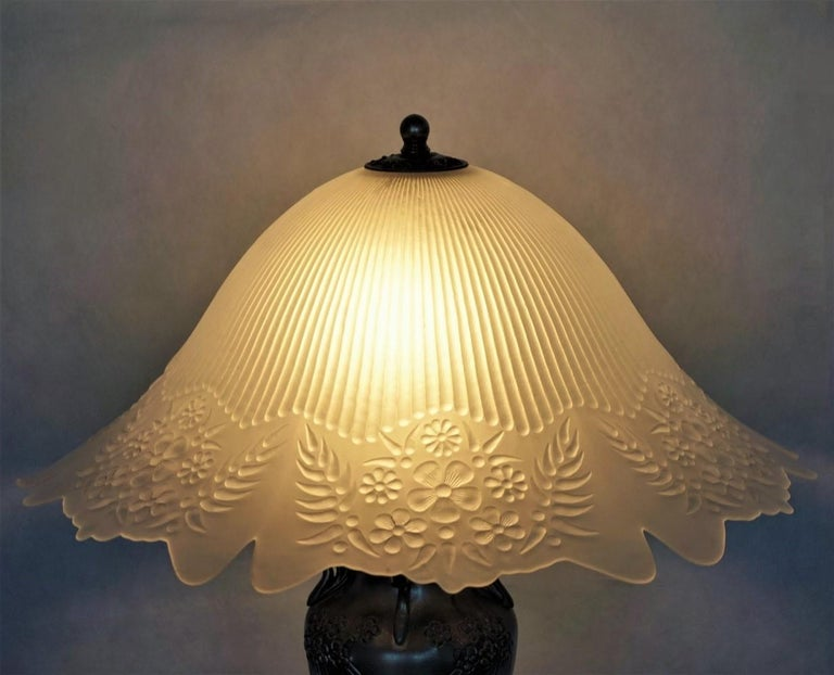 French Art Deco Vase Table Lamp, 1930s For Sale 2