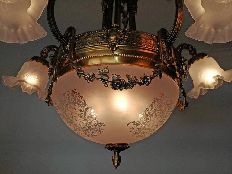 Large French Art Nouveau Empire Caryatids Gilt Bronze Etched & Glass Chandelier For Sale 5