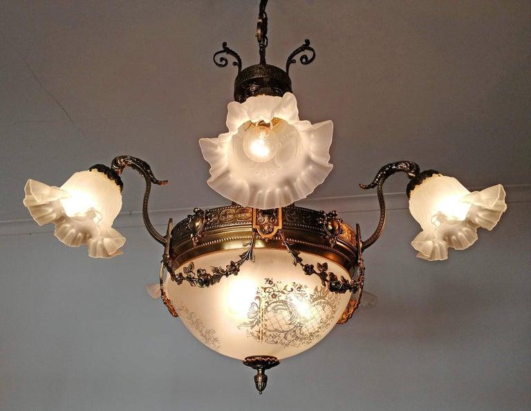 Large French Art Nouveau Empire Caryatids Gilt Bronze Etched & Glass Chandelier For Sale 3