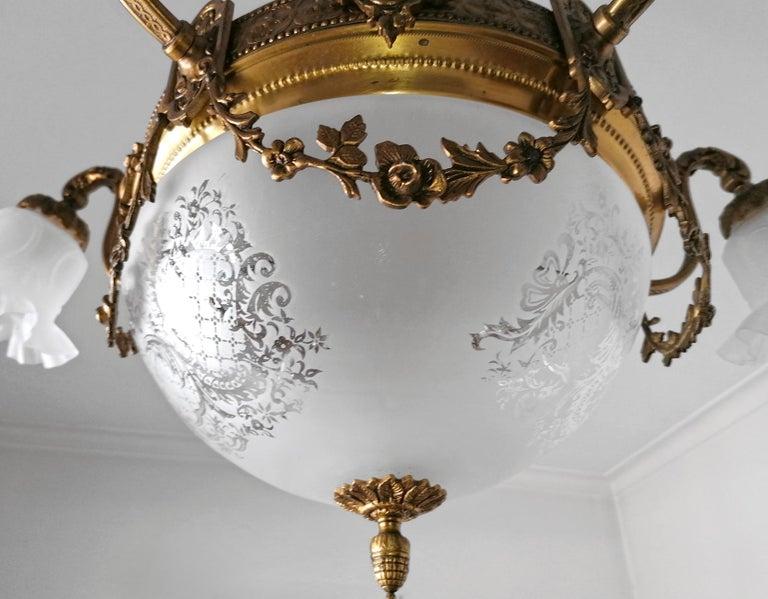Large French Art Nouveau Empire Gilt Bronze Etched & Glass Chandelier, c1920 For Sale 2