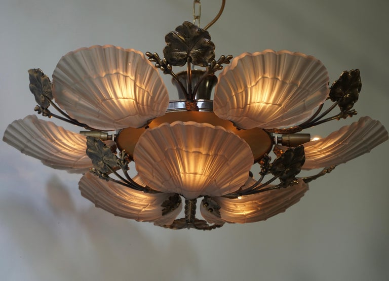 Large French Art Nouveau Hollywood Regency Chandelier, Brass and Glass For Sale 7
