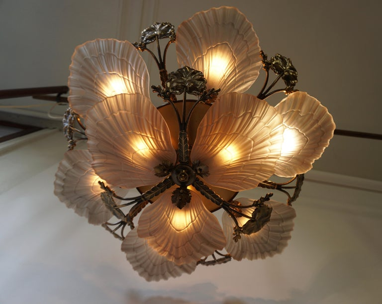 Large French Art Nouveau Hollywood Regency Chandelier, Brass and Glass For Sale 10
