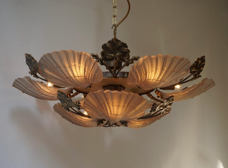 Large French Art Nouveau Hollywood Regency Chandelier, Brass and Glass In Good Condition For Sale In Antwerp, BE