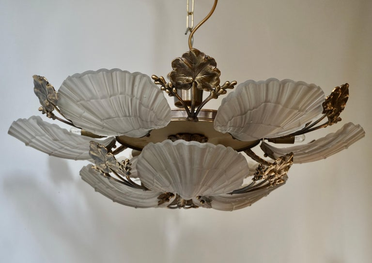 Large French Art Nouveau Hollywood Regency Chandelier, Brass and Glass For Sale 2