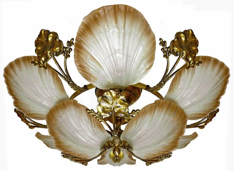 Cast Large French Art Nouveau Hollywood Regency Chandelier, Gilt Bronze & Amber Glass For Sale