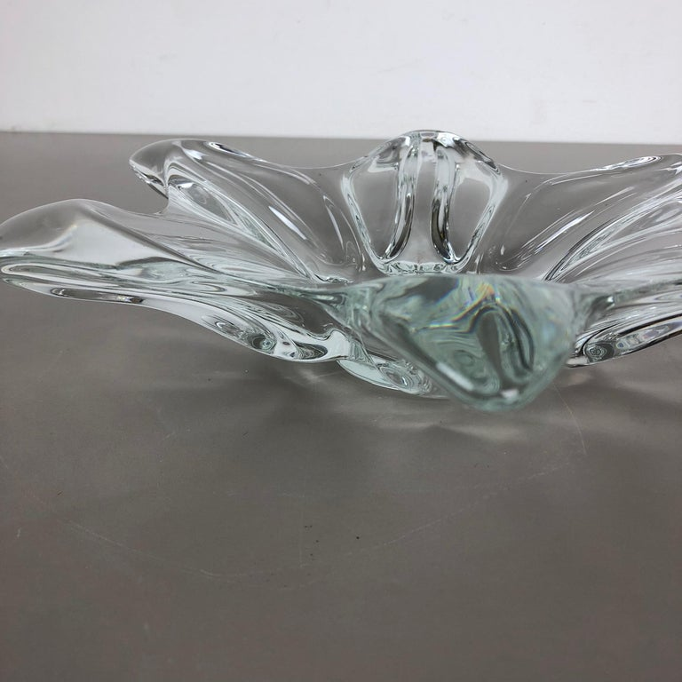 Large French Floral Crystal Glass Shell Bowl by Art Vannes, France, 1970s For Sale 12