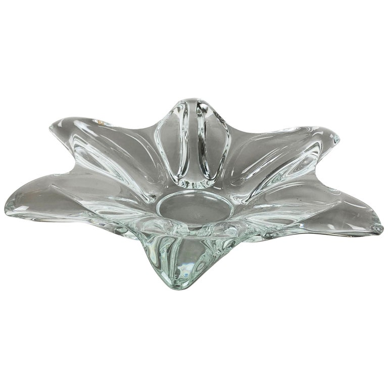 Large French Floral Crystal Glass Shell Bowl by Art Vannes, France, 1970s For Sale