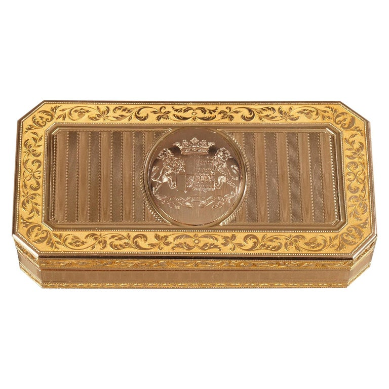 Large French Gold Snuffbox For Sale