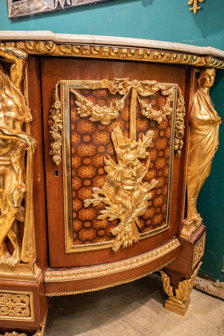 Large French Louis XVI Style Armorial Commode For Sale 2