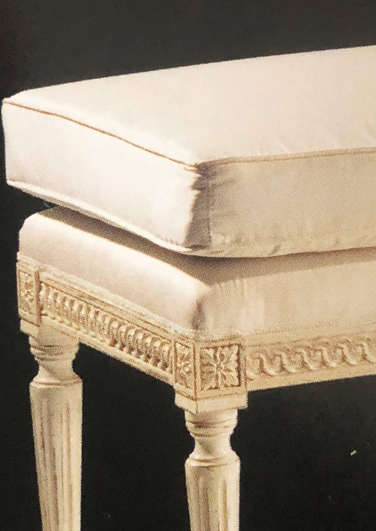 Italian Large French Louis XVI Style Bench in the Style of Maison Jansen For Sale