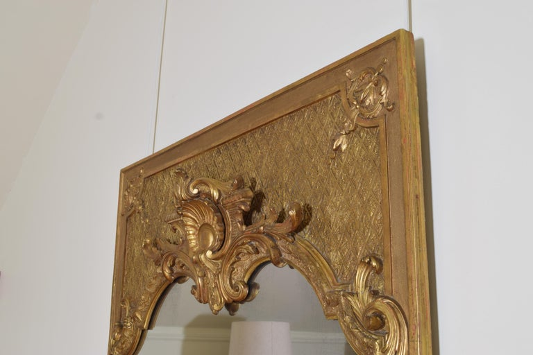 Large French Regence Style Carved Giltwood and Gilt-Gesso Mirror, 3rdq 19th cen. In Good Condition For Sale In Atlanta, GA